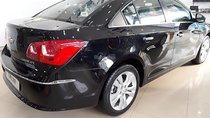 Bán ô tô Chevrolet Cruze LTZ 1.8L năm sản xuất 2018, màu đen