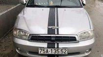 Cần bán xe Kia Spectra đời 2004, màu bạc, chính chủ