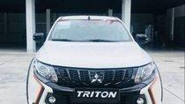 Cần bán xe Mitsubishi Triton sản xuất năm 2018, màu trắng, nhập khẩu nguyên chiếc