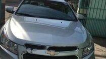 Bán ô tô Chevrolet Cruze LT đời 2017, màu bạc, xe nhập