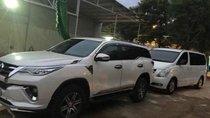 Bán Hyundai Starex sản xuất 2011, màu trắng, xe nhập chính chủ, 540tr