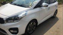 Cần bán lại xe Kia Rondo sản xuất 2018, màu trắng, 685tr