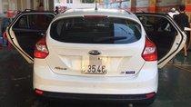Cần bán Ford Focus đời 2013, màu trắng, giá 465tr
