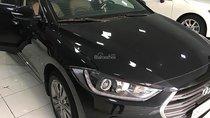 Cần bán Hyundai Elantra năm sản xuất 2017, màu đen
