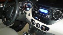 Cần bán xe Hyundai Grand i10 năm 2015, màu bạc, nhập khẩu, giá 300tr