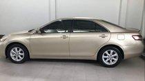 Bán xe Toyota Camry đời 2010, màu vàng, nhập khẩu
