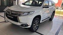 Cần bán xe Mitsubishi Pajero Sport 2.4D 4x2 AT năm sản xuất 2018, màu trắng, xe nhập