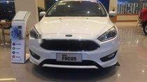 Cần bán xe Ford Focus năm sản xuất 2018, màu trắng, nhập khẩu