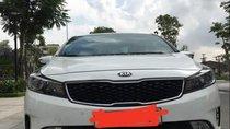 Cần bán gấp Kia K3 2.0 2016, màu trắng, giá tốt