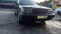 Cần bán lại xe Toyota Crown đời 1993, màu đen, giá chỉ 150 triệu