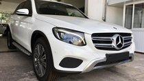 Cần bán Mercedes GLC250 đời 2018, màu trắng ở Buôn Ma Thuột Đắk Lắk giao ngay cho khách chơi tết