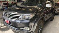 Bán Toyota Fortuner G, máy dầu, số sàn, xe gia đình