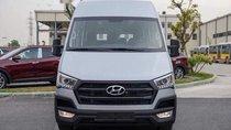 Cần bán Hyundai Solati sản xuất năm 2018, màu bạc, giá tốt