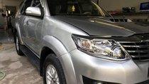 Bán xe Toyota Fortuner đời 2013, màu bạc