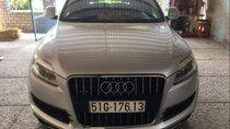 Bán Audi Q7 năm sản xuất 2008, màu bạc, 695 triệu