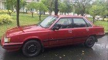Bán xe Camry màu đỏ, đời 1986, số sàn