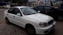 Cần bán Daewoo Lanos MT 2001, màu trắng, nhập khẩu