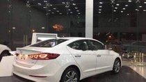 Bán ô tô Hyundai Elantra 1.6L MT đời 2018, màu trắng, mới 100%