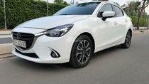 Bán Mazda 2 1.5 AT đời 2016, màu trắng số tự động, giá tốt