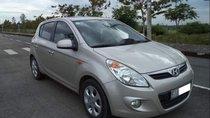 Cần bán lại xe Hyundai i20 đời 2011, màu bạc còn mới, 338tr