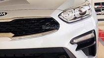 Bán Kia Cerato 1.6 AT năm sản xuất 2018, màu bạc giá cạnh tranh