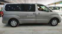 Bán ô tô Hyundai Grand Starex đời 2011, màu bạc, nhập khẩu nguyên chiếc