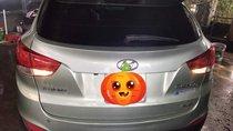Gia đình bán lại xe Hyundai Tucson 2010, màu bạc