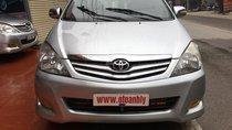 Cần bán xe Toyota Innova 2008, màu bạc số sàn