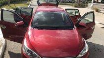Bán Toyota Yaris đời 2017, màu đỏ