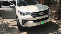 Cần bán Toyota Fortuner năm 2017, màu trắng, nhập khẩu