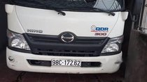Cần bán xe Hino 300 Series năm sản xuất 2015, màu trắng, xe nhập, giá 500tr