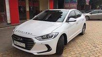 Cần bán xe Hyundai Elantra 2.0 AT sản xuất năm 2018, màu trắng