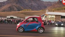 Đây là Smart ForTwo - Mẫu xe đô thị nhanh nhất hành tinh