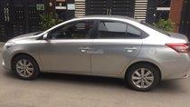 Cần bán Vios 2015 số sàn, màu bạc, xe mình đi rất kỹ
