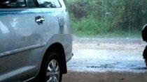 Cần bán Toyota Innova năm 2012, màu bạc giá cạnh tranh