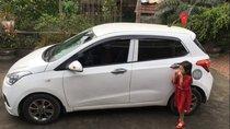 Gia đình bán Hyundai Grand i10 2015, màu trắng, nhập khẩu