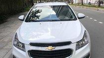 Bán gấp Chevrolet Cruze 2016 số sàn, xe màu trắng