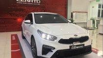 Bán xe Kia Cerato sản xuất 2019, màu trắng