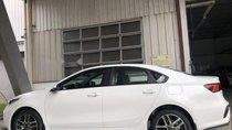 Cần bán xe Kia Cerato đời 2019, màu trắng, xe mới