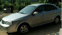 Cần bán gấp Chevrolet Lacetti sản xuất 2011, màu bạc, giá 230tr