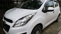 Cần bán Chevrolet Spark LT, sản xuất 2014, đăng ký 2015, màu trắng còn mới