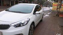 Cần bán xe Kia K3 2015, màu trắng, số 6 cấp thể thao