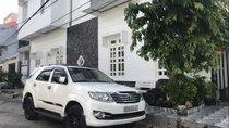 Cần bán gấp Toyota Fortuner năm sản xuất 2012, màu trắng, xe nhập, 745tr