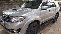 Chính chủ bán xe Toyota Fortuner đời 2015, màu bạc, xe nhập