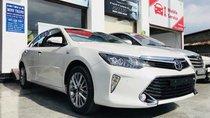 Cần bán xe Toyota Camry 2.5Q năm 2019, xe mới 100%