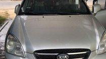 Cần bán Kia Carens MT đời 2010, màu bạc, xe đẹp
