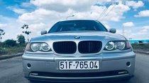 Bán xe BMW 3 Series 318i 2003, màu bạc, xe đẹp không một lỗi nhỏ