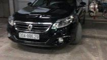 Cần bán gấp Renault Latitude 2.5 AT đời 2014, xe nhập, 850tr