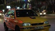Bán xe Kia CD5 năm sản xuất 2004, màu vàng, nhập khẩu