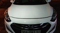 Cần bán Hyundai i30 1.6 AT đời 2013, màu trắng chính chủ
